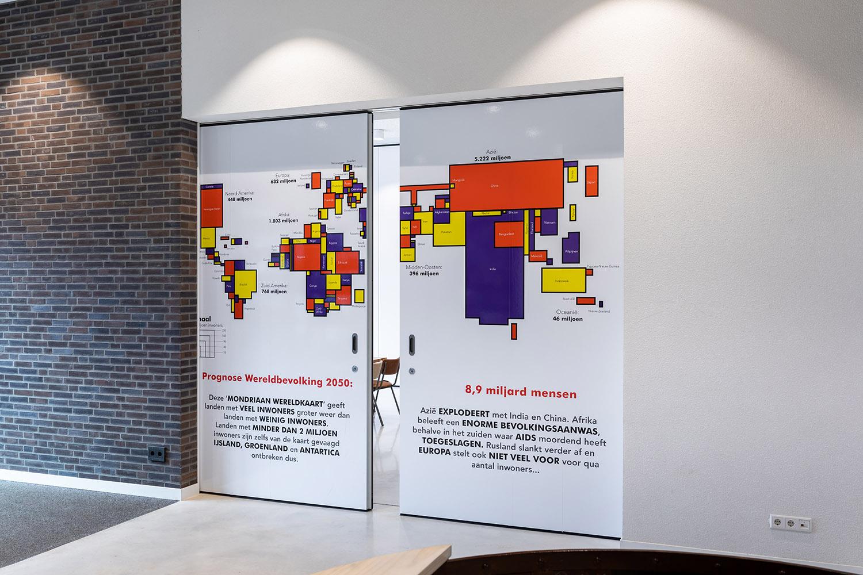 BREEDVELD S110 - stickerfolie informatie grote zaal