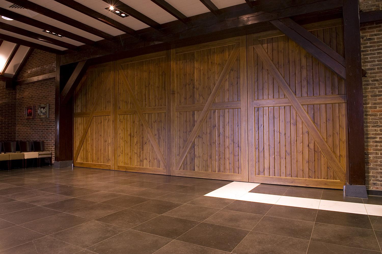 BREEDVELD schuifwand S110 - special - landelijk uitstraling van mooie schuifwanden - dichte zaal