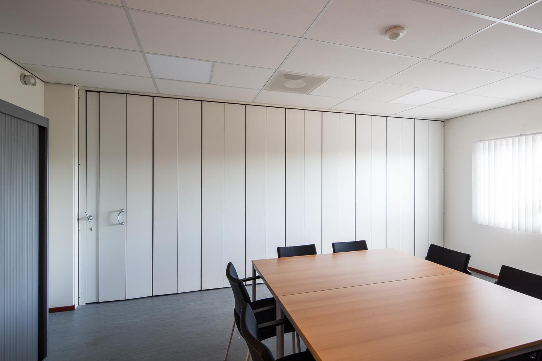 BREEDVELD vouwwand FP600 vergaderruimte - dicht