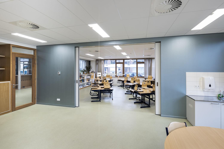 Schuifwand S110g middensluiting klaslokaal hoofdfoto - open