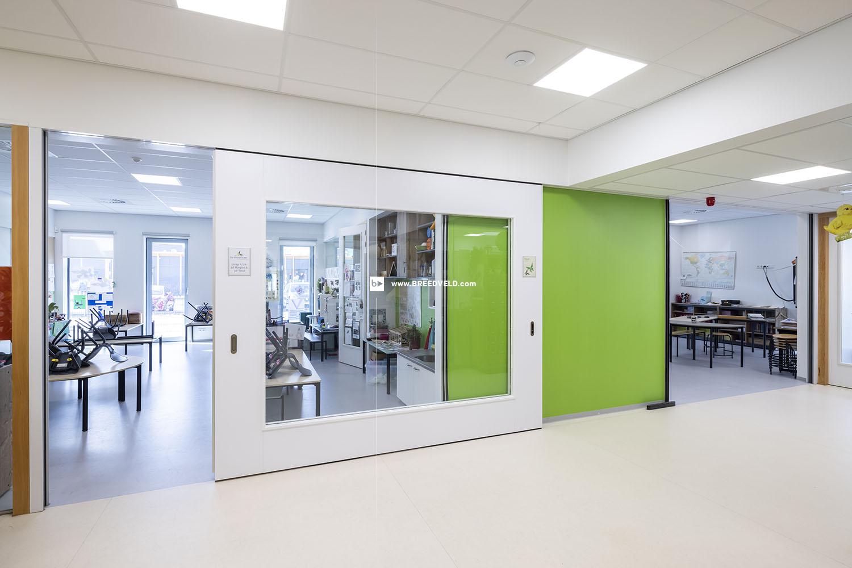 Schuifwand S110gl dubbel klaslokaal hoofdfoto - open